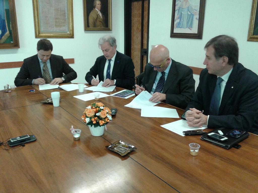 Firmato l'accordo  tra Ferrovie dello Stato e Comune di Pozzuoli